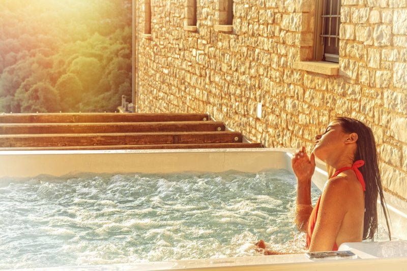 External Hydromassage (In/out Pool-Jacuzzi)