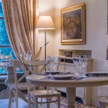 Εστιατόριο - Pirrion Sweet Hospitality